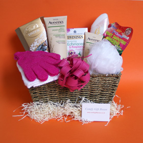 Pamper gift hampers, pampering presents for Mums, gift baskets for her