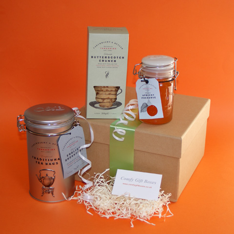 House warming gift hamper ideas, new home hampers UK, tea and biscuits hampers, moving house gift hampers delivered, housewarming hamper UK delivery