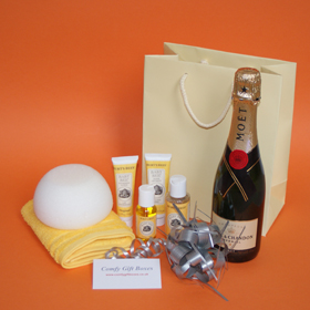 Champagne new baby gifts UK, gifts for new babies, champagne baby congratulations gifts