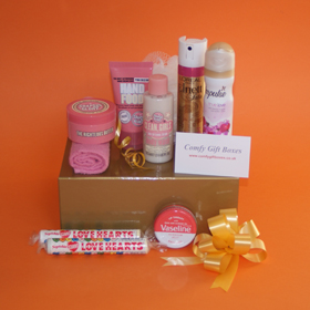 Pamper gifts for teenage girls, Birthday gifts for younger girls, young girls pamper Birthday gifts, body pamper gifts for her