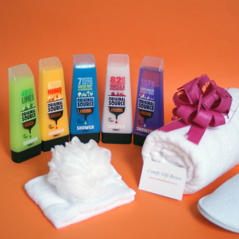 Shower time pamper gift set for her, Original Source shower pamper gift ideas UK delivery, pamper gift sets for women