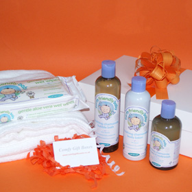 New baby gifts UK, new baby gift baskets UK, presents for new babies, new baby congratulations gift baskets, presents for babies, new born baby presents delivered