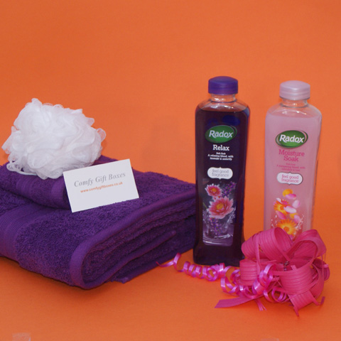 Relaxing bath gifts for her, gift ideas for bath time, bubble bath gift hampers for women