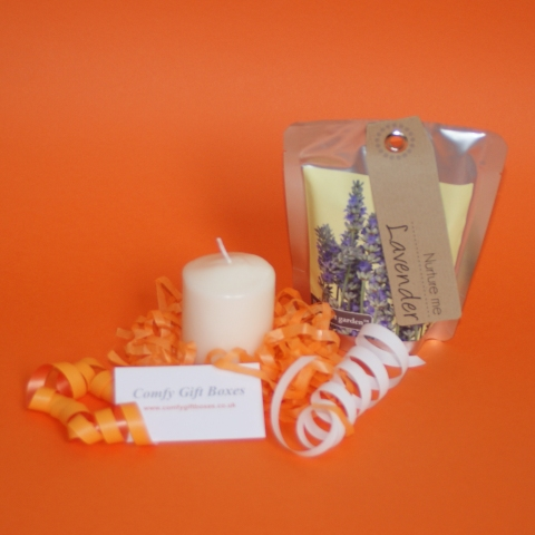 Thank you candle gifts, small thank you gift ideas UK, mini thank you presents with candle, thank you gifts delivered