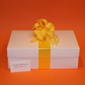 New Mum pamper gifts UK, Burt's Bees gifts for baby, baby gift boxes UK
